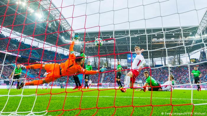 Fußball Bundesliga RB Leipzig - Hannover 96 (Getty Images/AFP/R. Michael)