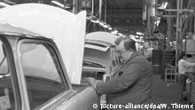 Trabant Auto Trabi DDR | Produktion in Zwickau (picture-alliance/dpa/W. Thieme)