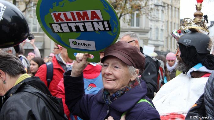UN-Klimakonferenz 2017 in Bonn Proteste (DW/K. Wecker)
