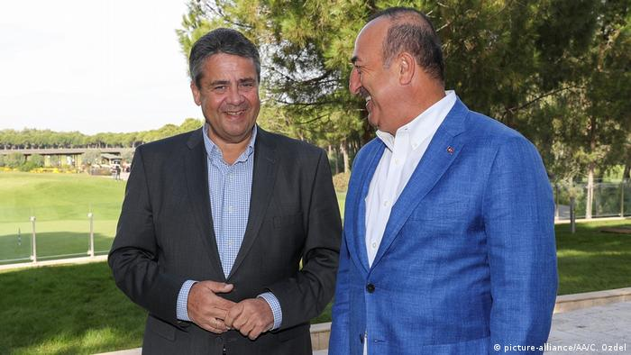 Treffen von Mevlut Cavusoglu und Sigmar Gabriel in Antalya