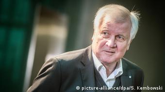 Horst Seehofer (picture-alliance/dpa/S. Kembowski)