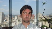 Der Vizepräsident des venezolanischen Parlaments, Freddy Guevara, aufgenommen am 09.04.2017 in Caracas (Venezuela). Angesichts der seit Tagen andauernden Protestwelle gegen die sozialistische Regierung in Venezuela mahnt einer der neuen Hoffnungsträger derOpposition vor einer Gewalteskalation. (zu dpa «Mit Gewalt verlieren wir: Venezuelas Parlamentsvize warnt» vom 11.04.2017) Foto: Georg Ismar/dpa +++(c) dpa - Bildfunk+++ | Verwendung weltweit