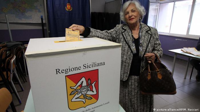 Silvio Berlusconi's coalition set for victory in Sicily poll