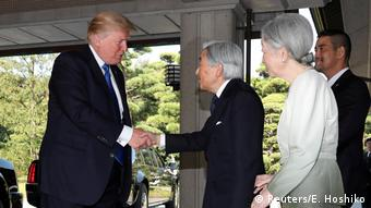 Japan Donald Trump und Kaiser Akihito (Reuters/E. Hoshiko)