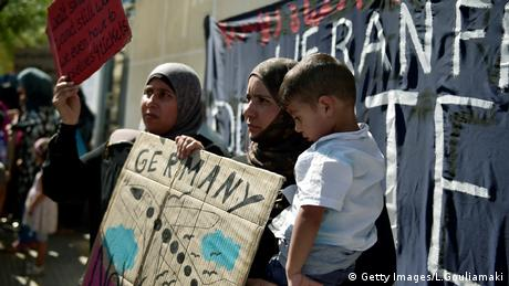 Griechenland, Migranten protestieren in Athen (Getty Images/L.Gouliamaki)