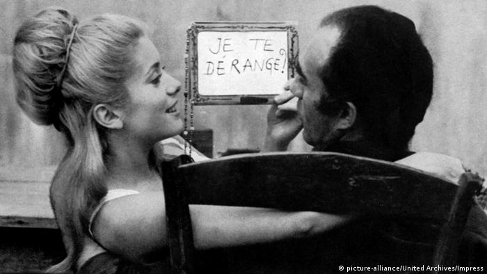Michel Piccoli and Catherine Deneuve in a scene from the film The Creatures (picture-alliance/United Archives/Impress)