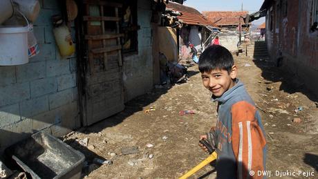 Serbien Roma-Kinder in Niš (DW/J. Djukić-Pejić)