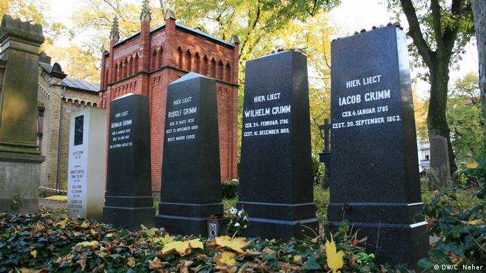 Irmãos Grimm foram enterrados ao lado de familiares