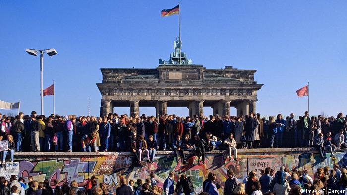 Deutschland Brandenburger-Tor 1990