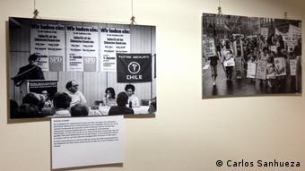 La exposición retrata los años de resistencia y la solidaridad del pueblo alemán con la situación de los presos políticos chilenos.