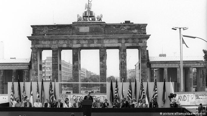 Ronald Reagan at the Brandenburg Gate