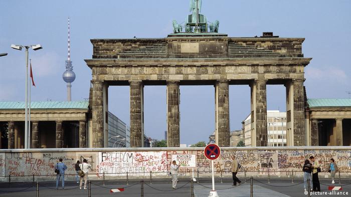 Deutschland, Brandenburger-Tor (picture-alliance)