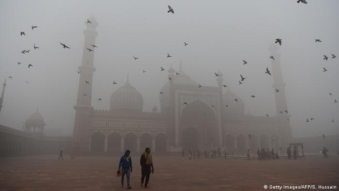 Indien Neu Delhi Smog (Getty Images/AFP/S. Hussain)