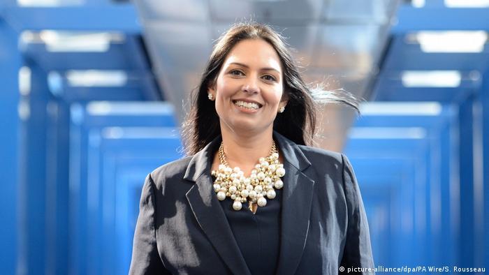 Großbritannien Birmingham - Priti Patel - Entwicklungsministerin (picture-alliance/dpa/PA Wire/S. Rousseau)