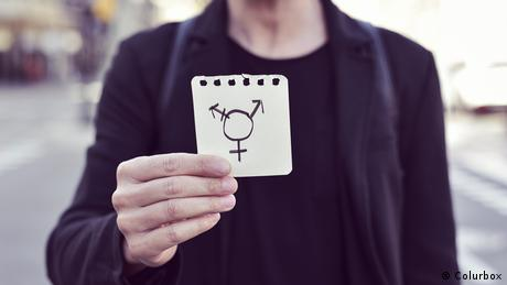 symbol of third gender (Colurbox)