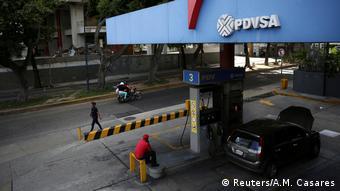 Venezuela Tankstelle von PDVSA in Caracas (Reuters/A.M. Casares)
