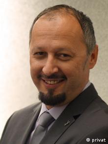Prof. Jasmin Ahić