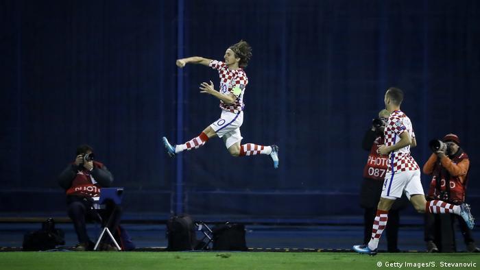 b1e46f47b20 Luka Modric celebrates his opener against Greece (Getty Images/S.  Stevanovic)