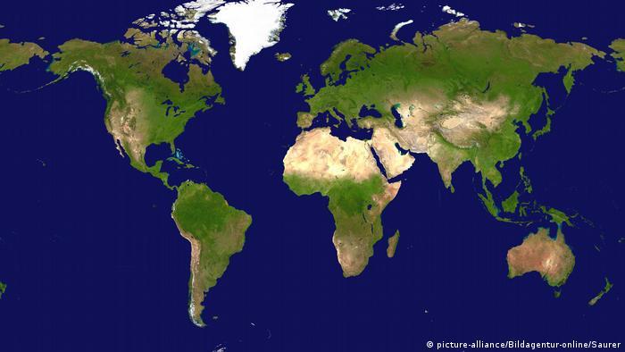 weltkarte maps New Zealand fed up with being left off maps | DW Travel | DW  weltkarte maps