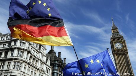 Німецькі політики та бізнесмени закликають Великобританію залишитися в ЄС
