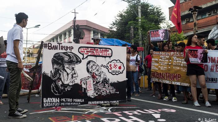 Philippinen Mendiola - Proteste gegen Trumps geplanten Besuch (J. S. Cano)