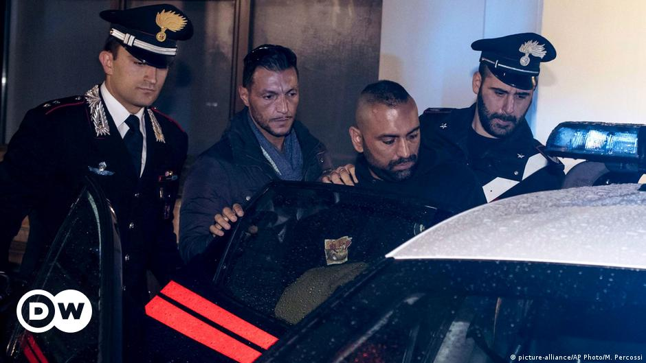 Mafia gangster arrested in Italy for attack on journalist | News | DW |  10.11.2017