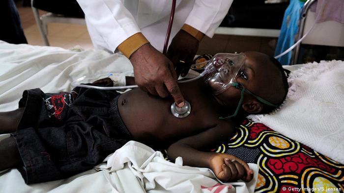 Lungenentzündung Kind Kigali Ruanda (Getty Images/S.Jensen)