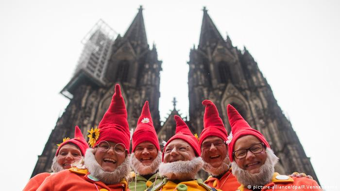 Karneval in Köln (picture-alliance/dpa/R.Vennenbernd)