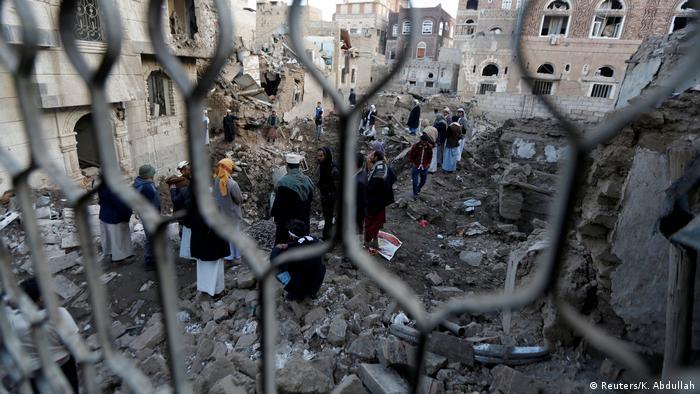 Jemen Luftangriff in Hanaa (Reuters/K. Abdullah)