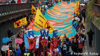 Aπό τις διαδηλώσεις του Σαββάτου στη Βόννη