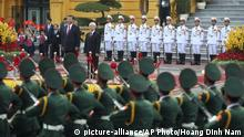 Vietnam chinesicher Präsident Xi Jinping in Hanoi