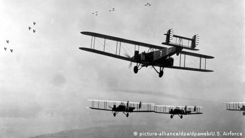 WWI - Biplans fly in formation