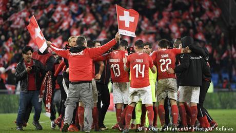 Fußball WM Playoffs   Schweiz vs Nordirland (picture-alliance/AP Photo/G. Kefalas)