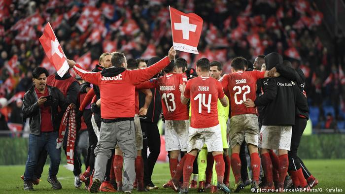 Fußball WM Playoffs | Schweiz vs Nordirland (picture-alliance/AP Photo/G. Kefalas)