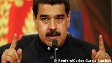 Venezuela's President Nicolas Maduro talks to the media during a news conference at Miraflores Palace in Caracas, Venezuela October 17, 2017. REUTERS/Carlos Garcia Rawlins