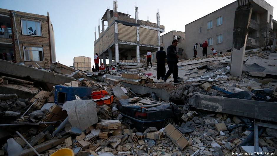Расте бројот на жртви во земјотресот во Иран и Ирак