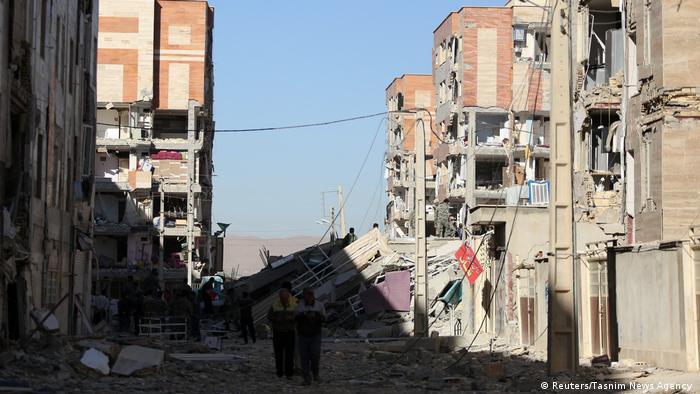 Iran Erdbeben (Reuters/Tasnim News Agency )