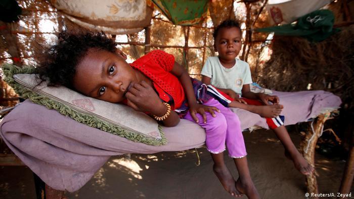 Jemen humanitäre Lage Dorf bei Hodeidah (Reuters / A. Zeyad)