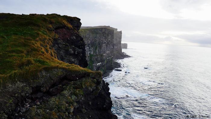 Latrabjarg cliff, Westfjords (DW/E. Grenier)