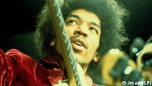 75. Geburtstag Jimi Hendrix | Jimi Hendrix währed eines Konzertes 1969