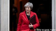 13.11.2017 LONDON, ENGLAND - NOVEMBER 13: British Prime Minister Theresa May leaves Number 10 Downing Street on November 13, 2017 in London, England. Mrs May is to hold a meeting with European business leaders today over their concerns about the future of UK-EU trade arrangements after Brexit. (Photo by Jack Taylor/Getty Images)