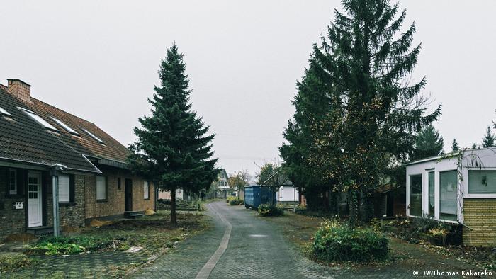 Deutschland Kohledorf Kerpen-Manheim verschwindet (DW/Thomas Kakareko)