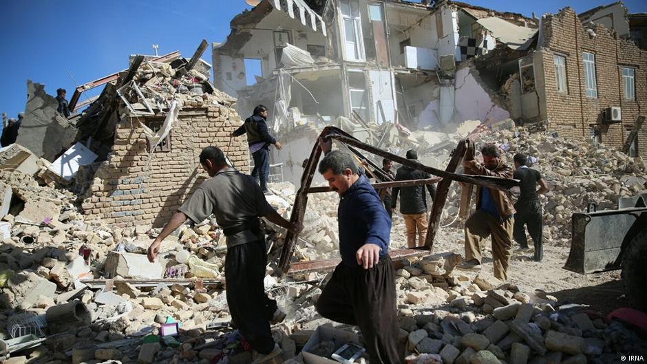 Иран ја прекина потрагата по преживеани од земјотресот