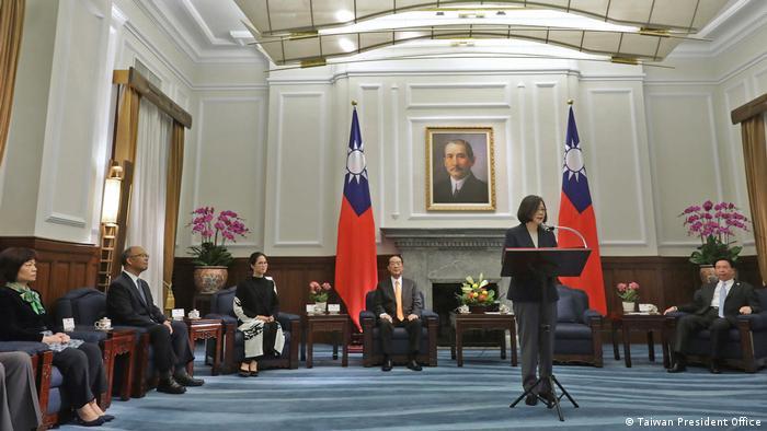 Taiwan Taipeh Mr. Soong und Präsidentin Tsai Ing-wen (Taiwan President Office)