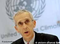 US climate envoy Todd Stern in front of a UN climate banner