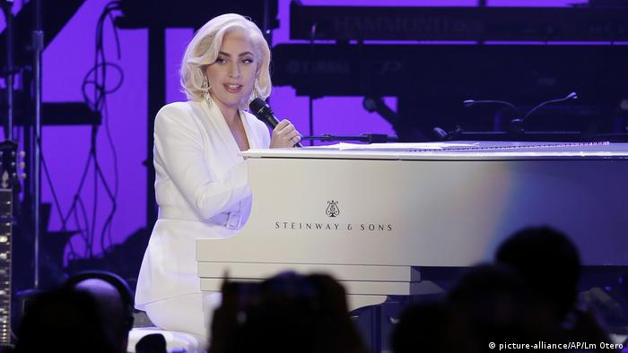 Lady Gaga (picture-alliance/AP/Lm Otero)