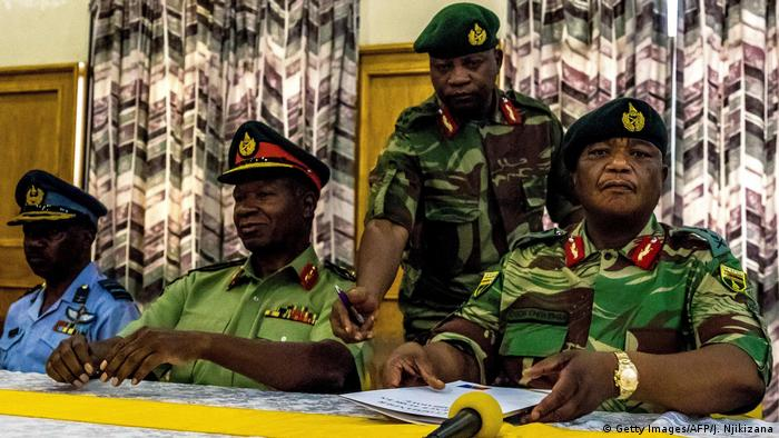 Zimbabwe General Constantino Chiwenga at a press conference (Getty Images/AFP/J. Njikizana)