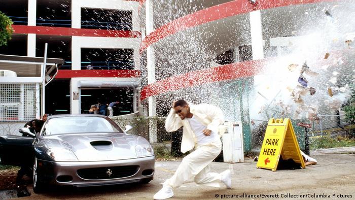 Кадр з фільму Погані хлопці - 2 з Ferrari 550 Maranello