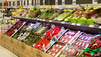 Περισσότερα φρούτα και λαχανικά και πιο φιλικό περιβάλλον για τους πελάτες έχουν έχουν τα discounter