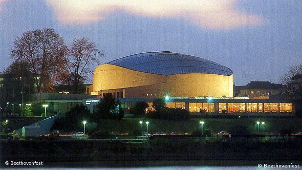 Deutschland Architektur Bonn Beethovenhalle